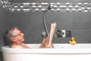 reading-in-the-bathtub